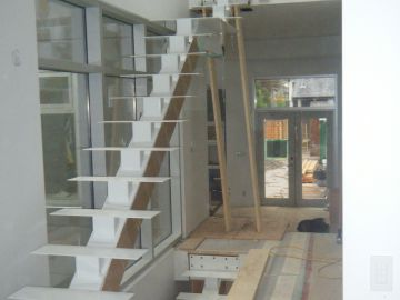Cantilevered Stairs. HSS (Hollow Structural Steel) Stringer